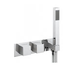 THERMOSTATIC SHOWER VALVE WITH HANDSET