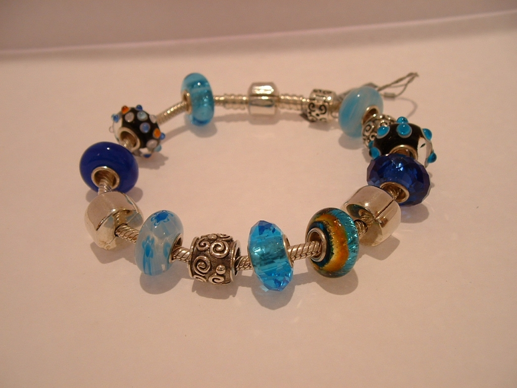 added marthnickbeads bead left wishful reminded winter snowball me there a sky on spacer of it then the img another i and trollbead blue is thinking pearl bracelet forest kit in trollbeads nut