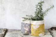 Headlong Hare Yellow Ochre Pot Bag