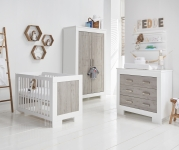 Babystyle Chicago 4 Piece Nursery Room Set with FREE Delivery