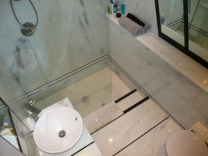 Verdi Panama Bathroom