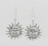 E13  Silver sun earrings 20x20