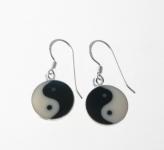 E46 Yin-yan earrings
