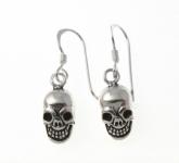 E75 silver skull earrings