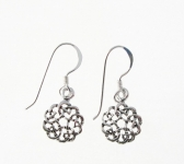 E83 Celtic circle earrings