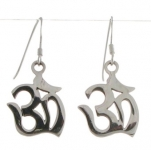 E93  Ohm earrings 16x16