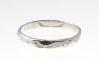 R92A Silver hammered ring