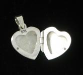 P382 Plain Heart Locket