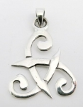 P47 Celtic triangle pendant