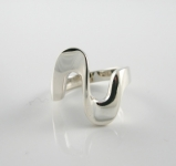 R154 Swirl design ring
