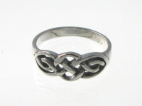 R226 Silver celtic ring