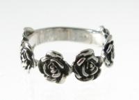 R144 flower ring
