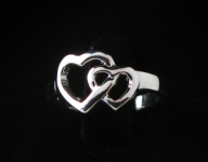 R151 Double Heart Ring