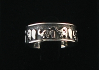 R2 Elephant Band Ring