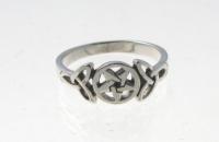 R203 Pentagram Ring
