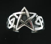 R209 Celtic Pentagram Ring