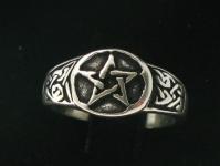 R218 Pentagram Ring