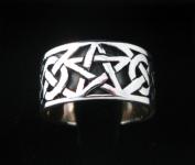 R220 Pentagram Ring