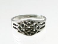 R233 Silver celtic ring