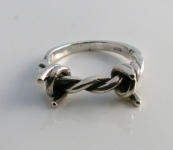 R244 Silver barbed wire ring