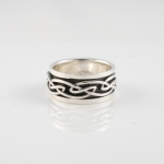 R253 Silver Celtic Spinner Ring