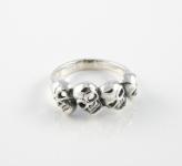 R282 skull ring