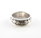 R266 Silver spinner ring