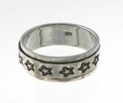 R268 Silver star spinner ring