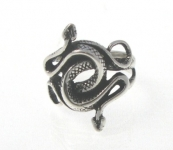 R272 entwined snake ring