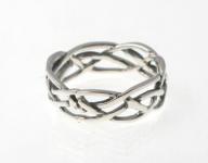 R240 Silver celtic plait ring