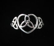 R66 Heart with Celic Triscele