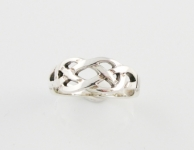 R75 Celtic ring