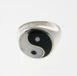 R172 Silver Yin Yang Ring