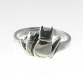 R38 Cat Ring
