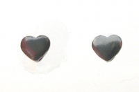 S152 Love heart studs ( pack of 5 )