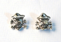 S31 Sterling silver skull and crossbone studs ( pack of 5 pairs )