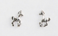 S68 Silver horse studs (pack of 5 pairs)