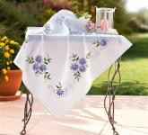 Deco-Line Freestyle Embroidery Tablecloth Kit - Blue Daisies