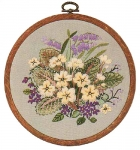 Design Perfection Freestyle Embroidery Kit - Floral Rounds 1
