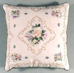 Design Perfection Freestyle Embroidery Kit - Gardenia Cushion
