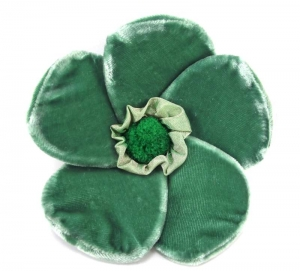 Velvet Brooch 5 Petal Flower Emerald Green by Silkthreads