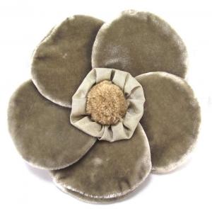 Velvet Brooch 5 Petal Flower Corsage Ivory