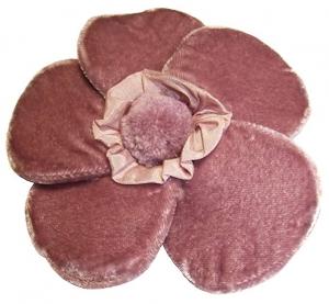 Velvet Brooch 5 Petal Flower Dusky Pink by Silkthreads