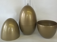 LARGE PLASTIC EASTER/PARTY/GIFT EGG - GOLD