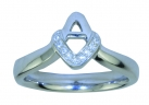 V&A Ring Sterling Silver with cubic Zirconia
