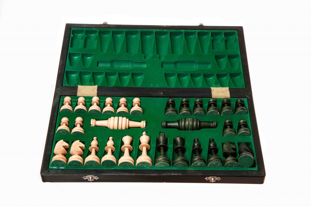 C60 Green Chess Sets And Traditional Games World Of