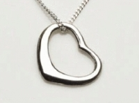 Swing heart pendant