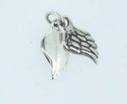 Twin angel wing pendant